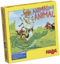 Animal sobre animal.